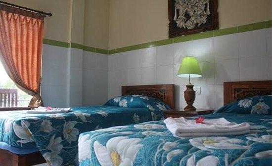 Sayang Maha Mertha: Superior room