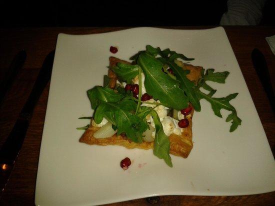 Seasons Restaurant: tortino con formaggio