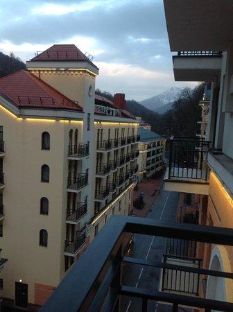 VALSET apartments by AZIMUT Rosa Khutor: Вид с балкончика