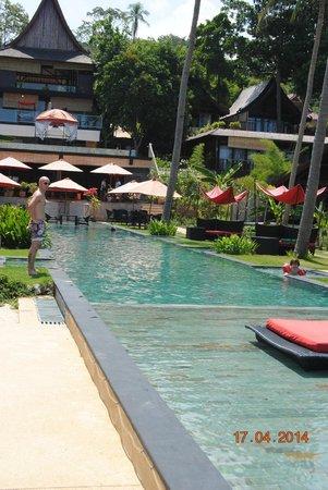 Kupu Kupu Phangan Beach Villas and Spa by l'Occitane: La piscine