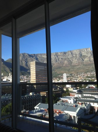 Taj Cape Town : View from Bed