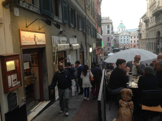 Ristorante Santa Teresa : La rue depuis un terrasson