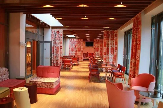 The Gerald's Hotel: Wintergarden/Terrace
