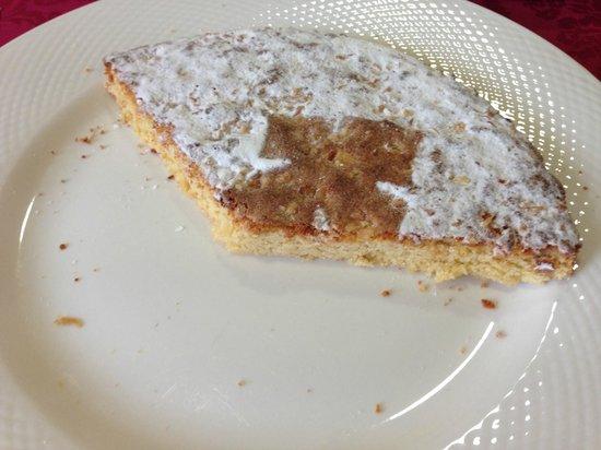LaVida Vino Spa : Week old cake