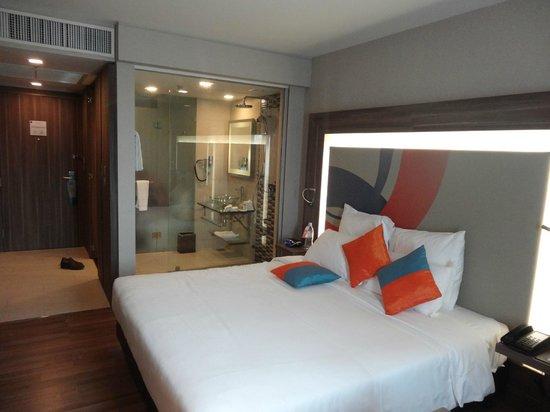 Novotel Bangkok IMPACT: Standard King Room