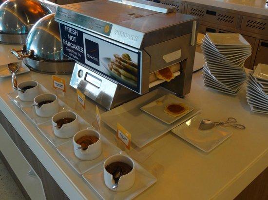 Novotel Bangkok IMPACT : Breakfast