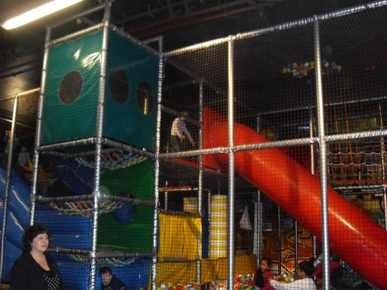 TunFun Speelpark: interno 1