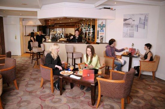 Thistle Poole: Anchor Bar