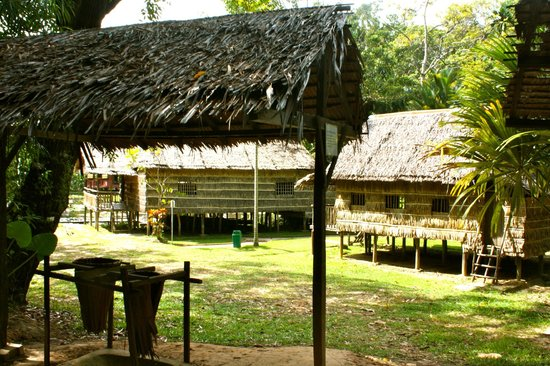 Sabah State Museum : entering the Heritage Village