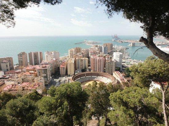 Parador de Malaga Gibralfaro : Blick vom Balkon