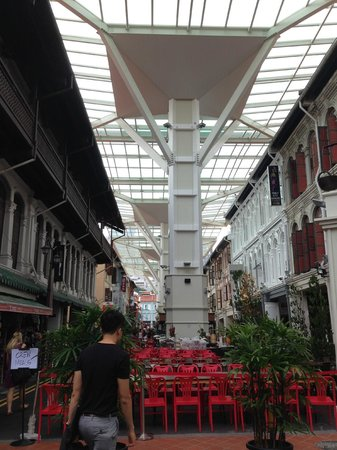 Santa Grand Hotel Lai Chun Yuen: Outside hotel
