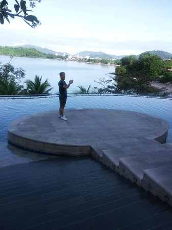 The Westin Siray Bay Resort & Spa Phuket: Swiming pool side