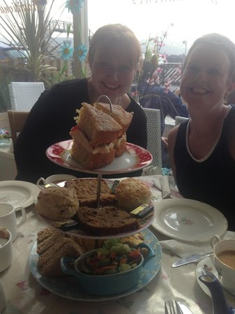 The Tea Station: Afternoon tea with family