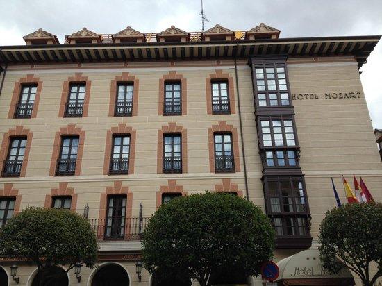 Fachada Hotel Mozart