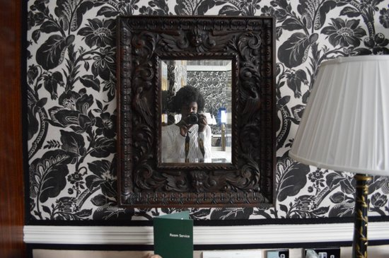 The Montague on The Gardens: Decoração vitoriana (quarto)