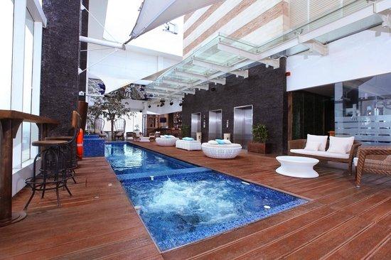 Swimming Pool Picture Of Mercure Jakarta Simatupang Jakarta Tripadvisor
