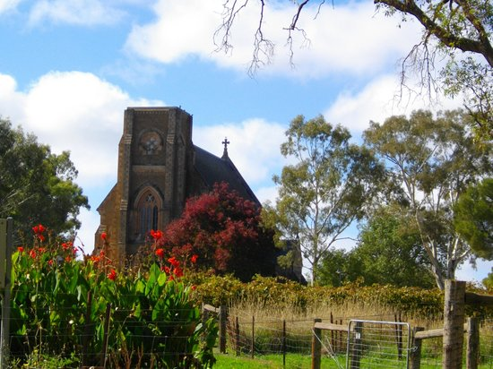 Sevenhill Cellars: St Aloysius Church and Vineyards - Sevenhill