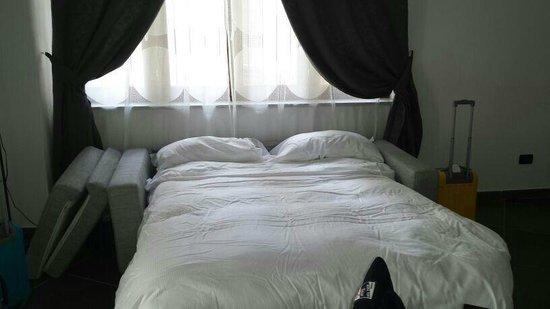 Turatisette - Art Residence : apt 708 divano letto