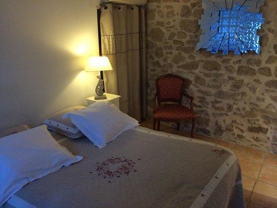 Hotel Dejeunez Sous L'Arbre: Chambre