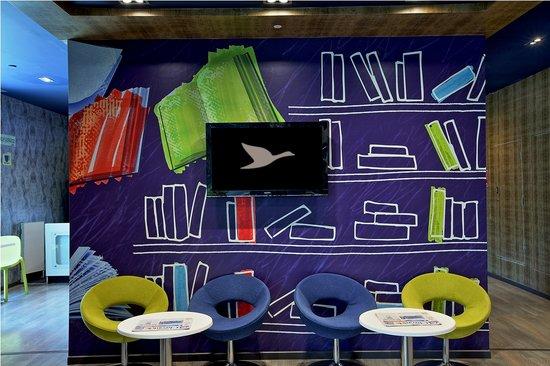 Hotel Formule1 Bengaluru Whitefield: Lobby Lounge
