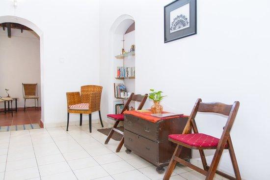 Mitaroy Goa Hotel: Living Room