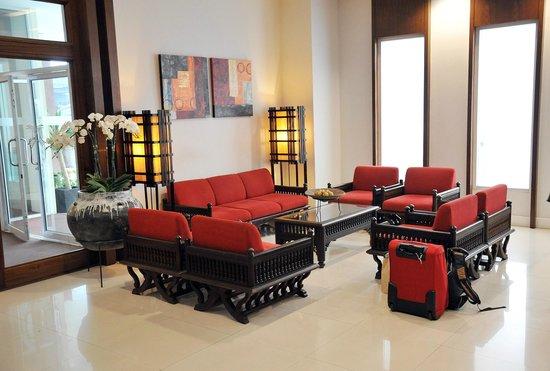 Suriwongse Hotel : Reception area