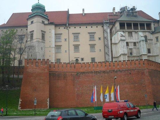 Atelier Aparthotel: Wawel castle .
