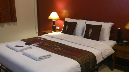 Khaosan Palace Hotel: double room