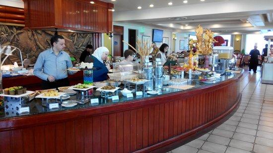 Dorsett Grand Labuan: Victoria's Restaurant-Brekafast Dining