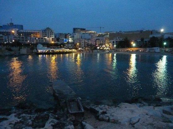 St. George's Bay : La baia