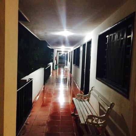 Hotel San Clemente: Corridor