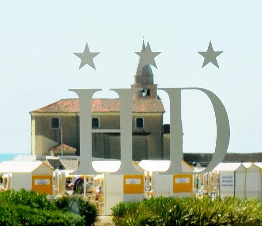 "Hotel Delfino Caorle: Vista della ""Madonna dell'angelo"""