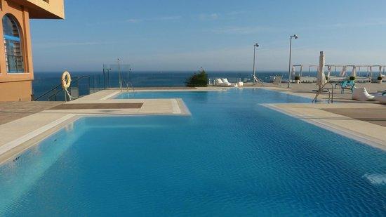 Holiday Hydros: Hydros pool