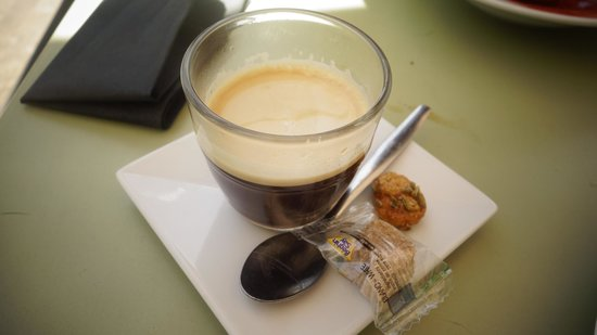 Le cafe des epices: coffee