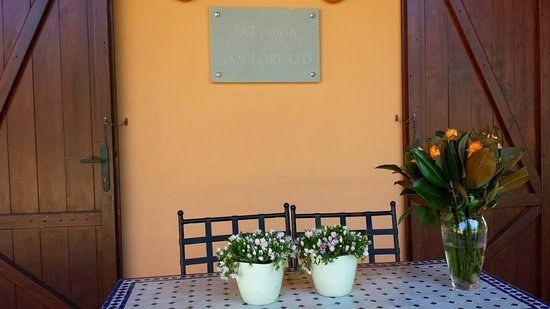 Fattoria San Lorenzo : l'ingresso della reception