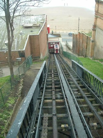 Grand Hotel Scarborough: Cliff tramway