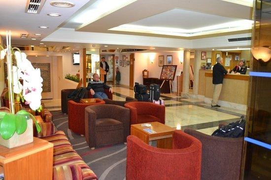 Estoril Eden Hotel: reception