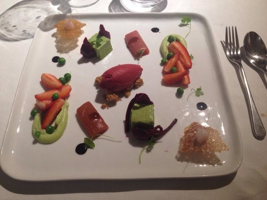 Auberge Saint Jean: Dessert du potager