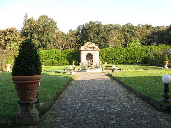 Villa Signorini Events & Hotel: giardino