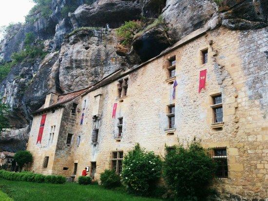 La Maison Forte de Reignac : Maison falaise