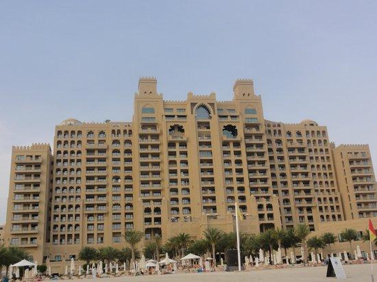 Fairmont The Palm, Dubai: Beachfront view