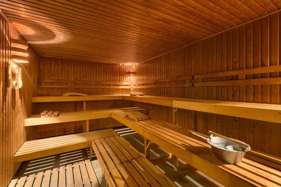 NH Maastricht: Sauna