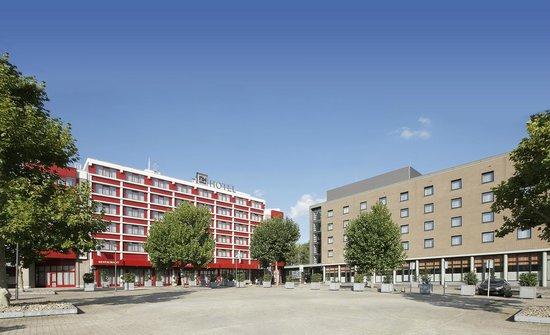 NH Maastricht: Facade