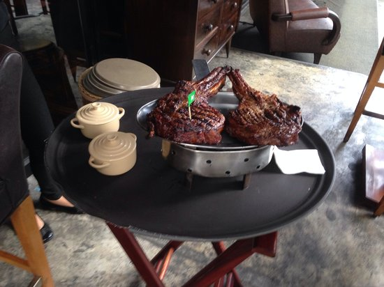 El Gaucho Argentinian Steakhouse: 2 rib on the bone
