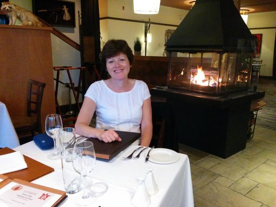 La Traite : Eating in front of the log fire