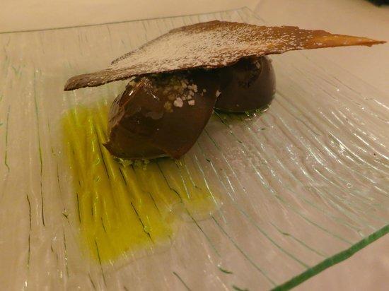 Amelibia : Helado de chocolate con sal y aceite