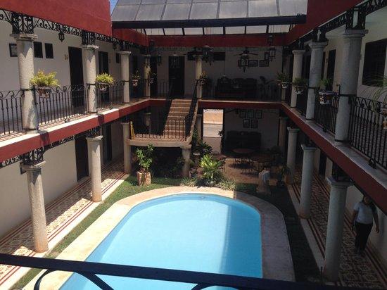 hotel colonial la aurora: Esterno