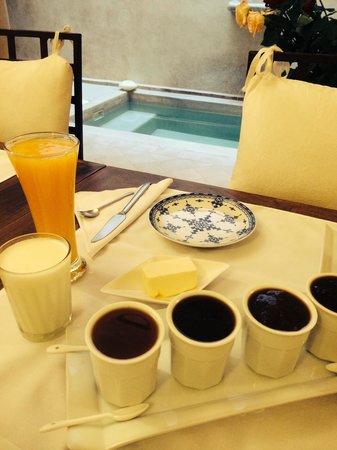 Riad Cherrata: Homemade Jam and yogurt.