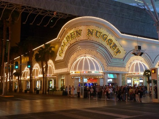 Fremont Street Experience : The original Golden Nugget.