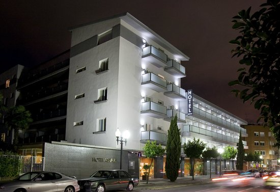 Astari Hotel: Fachada exterior